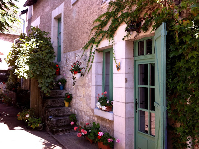 Entrance to The Old Walnut Mill vacation rental in Barrou France