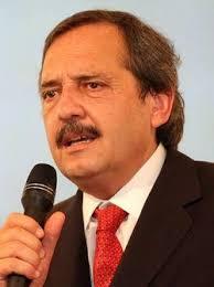 Le recriminó a Macri el desfile carapintadas el 9 de julio. Palos también a Avelluto, Lopérfido, Martínez y Corral