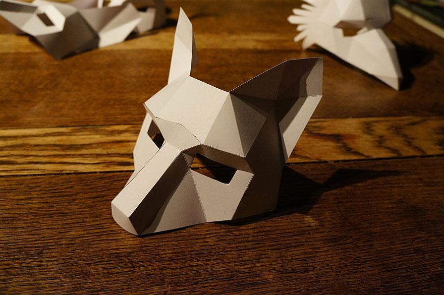 diy geometrische pappmasken eine individuelle maske zu. Black Bedroom Furniture Sets. Home Design Ideas