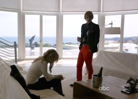 Nolan's modern beach house in ABC's Revenge