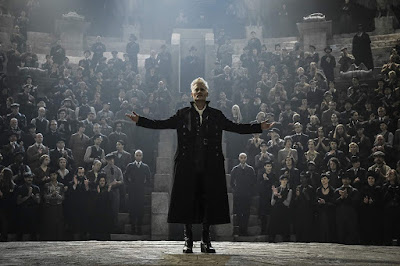 Fantastic Beasts: The Crimes of Grindelwald 2018 movie still Johnny Depp