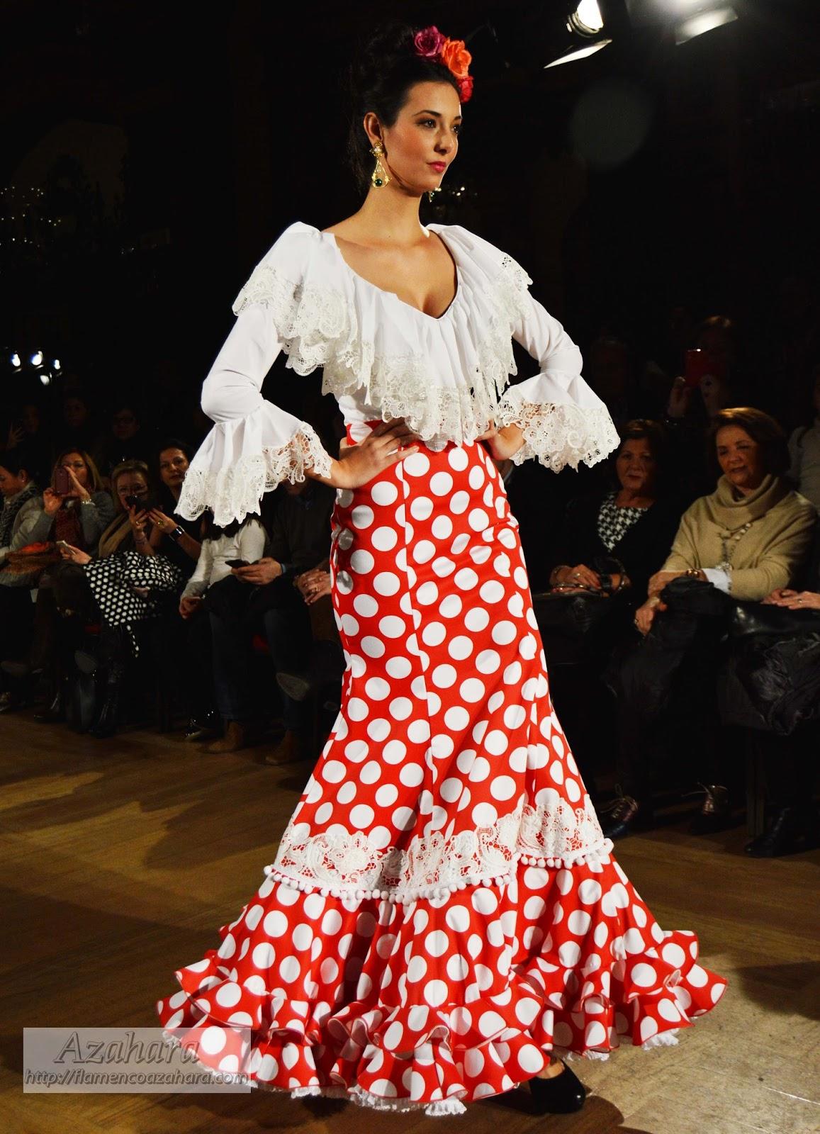 6980f9358 Comprar Faldas Rocieras | Wig Elegance