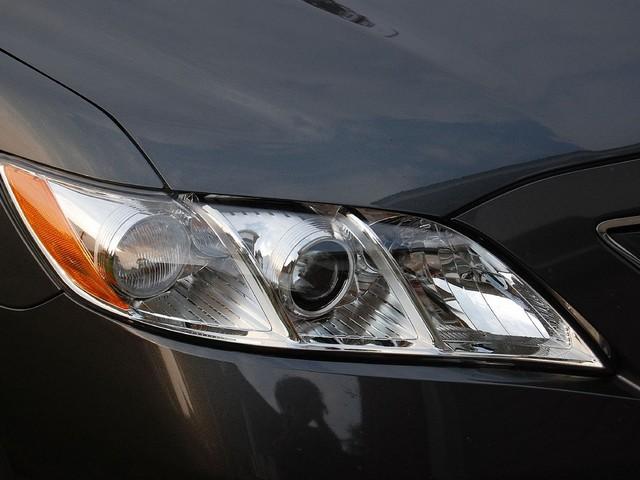 2000-Toyota-Camry-Headlight
