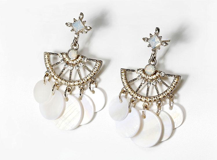 波西米亞風白貝殼耳環 (針式,夾式)