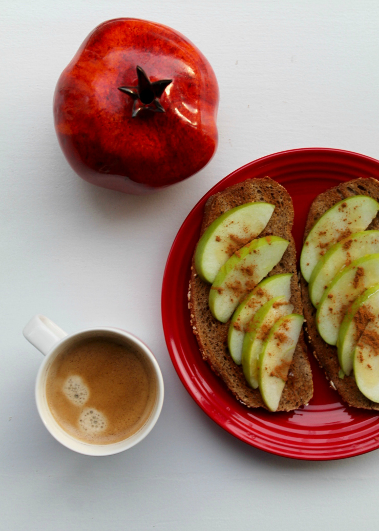 Healthy breakfast ideas (vegan friendly): Johnny Appleseed toast + coffee