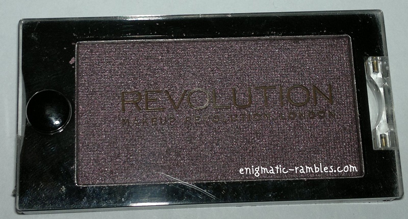 Makeup-Revolution-Eyeshadow-Insomnia