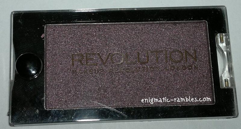 Makeup-Revolution-Eyeshadow-Single-Insomnia