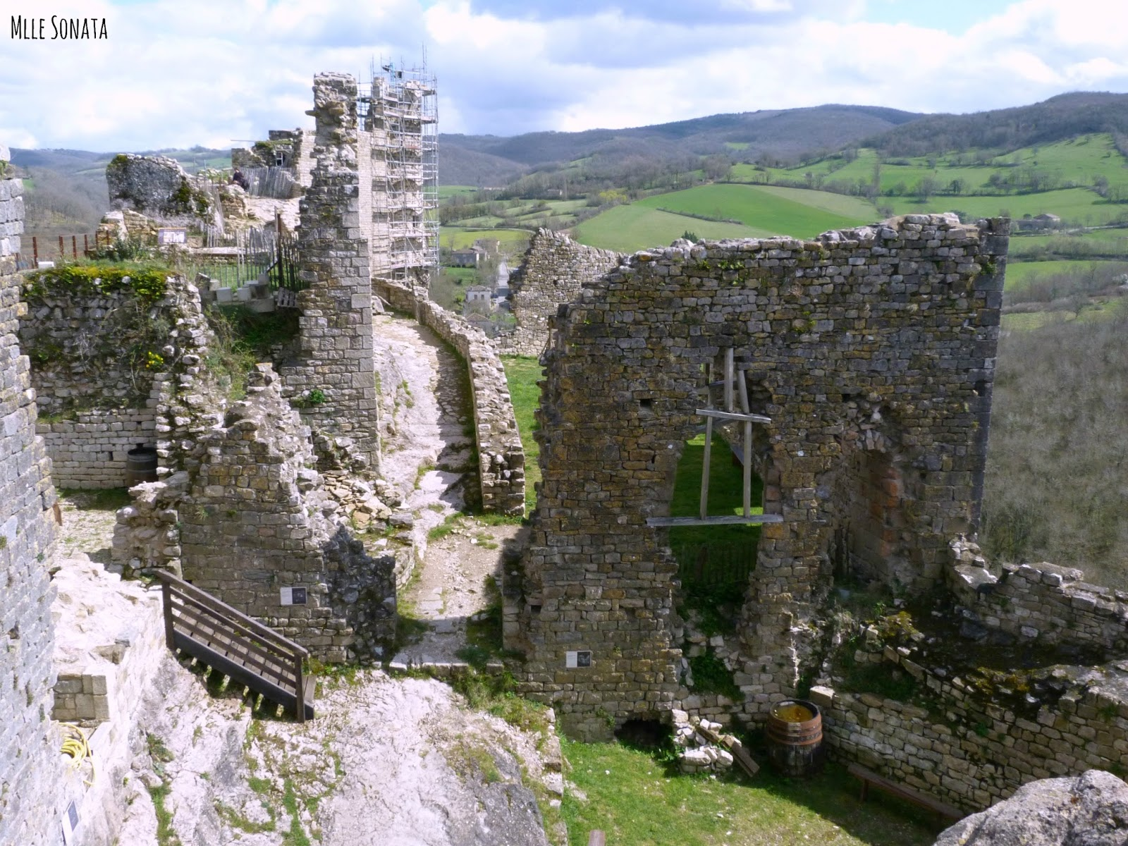 Château de Penne dans le Tarn