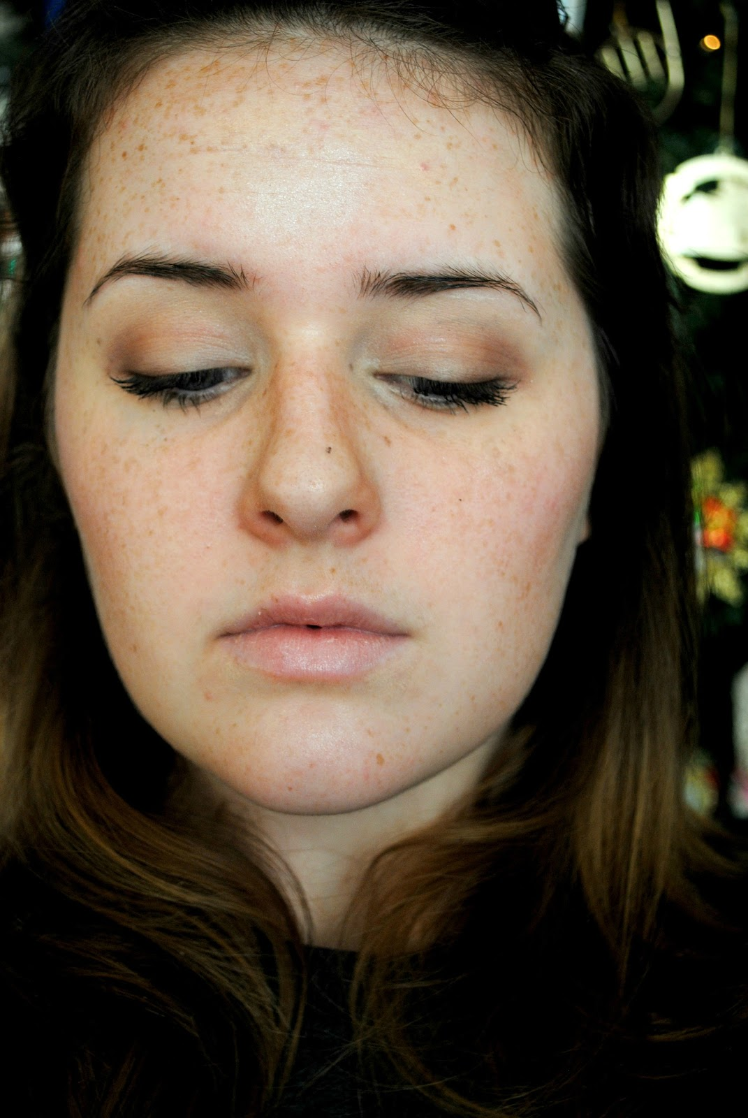 The Dressing Room Door: Natural Contouring