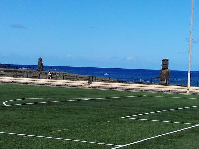 Moáis en Hanga Roa, Isla de Pascua