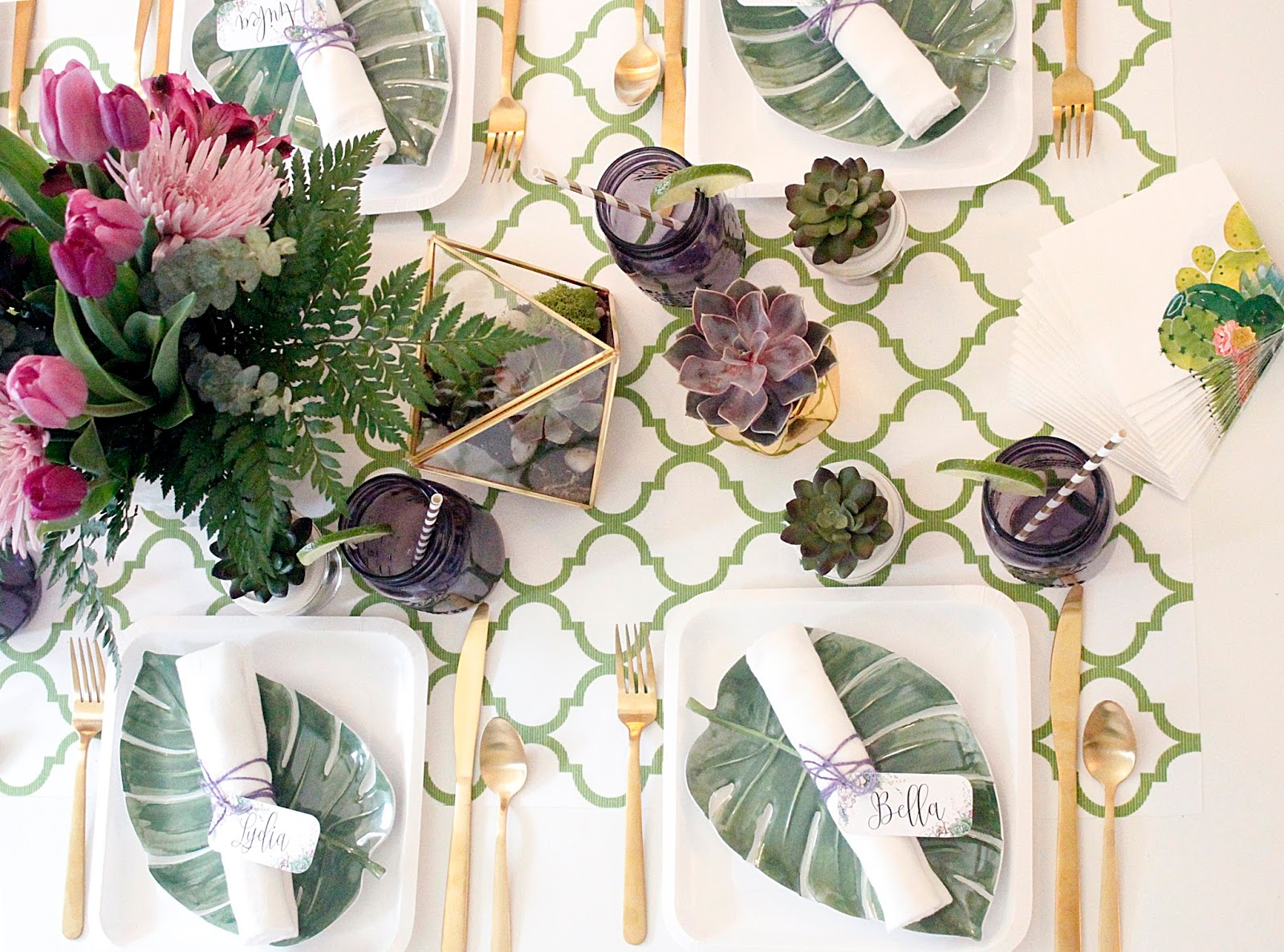 Each Place Setting Started With A Simple Square White Plate Layered With A  Darling Leaf Shaped Plate And Finally Topped Off With A White Linen Napkin,  ...