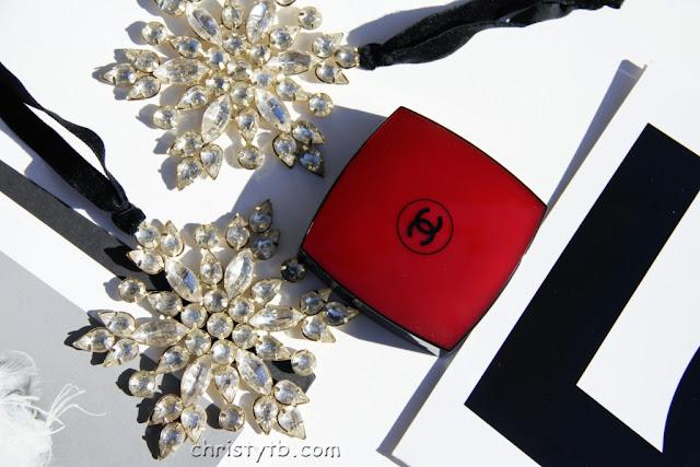 Хайлайтер Camelia de Chanel illuminating powder (LE 2016)