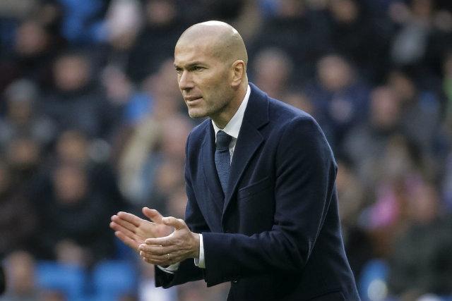 Zidane Tidak Ragu Sebut Barca Sedang Menonjol Di Spanyol