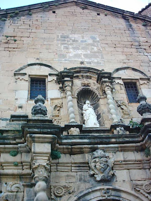 iglesia ,San Bartolomé, plaza ,Beceite ,Beseit, estatua, escultura, Bartolo, Bart