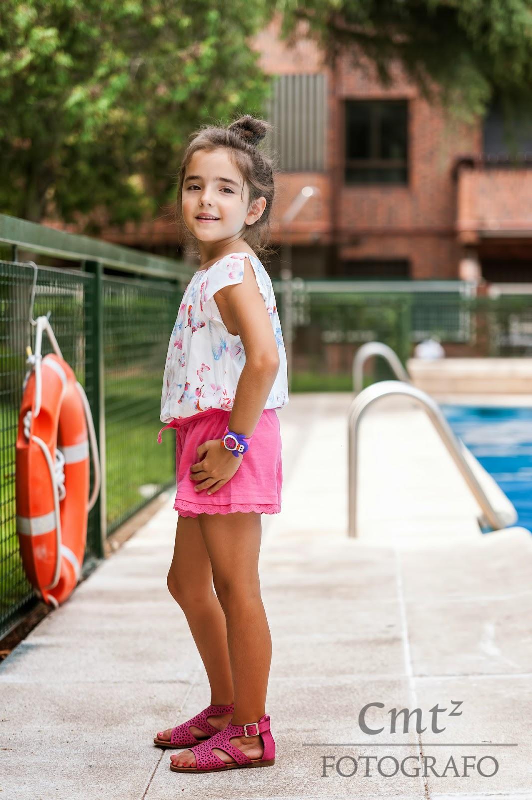 Outfit moda niña Pequeña Fashionista verano 2014