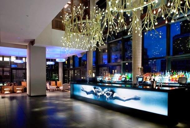 Bar Plunge Rooftop Bar e Lounge
