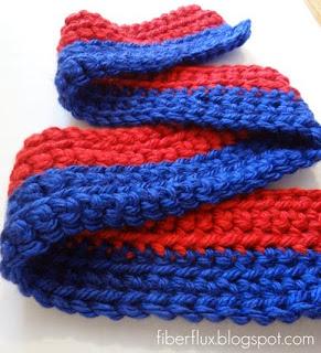 http://translate.googleusercontent.com/translate_c?depth=1&hl=es&rurl=translate.google.es&sl=en&tl=es&u=http://www.fiberfluxblog.com/2013/02/free-crochet-patternlittle-man-scarf.html&usg=ALkJrhiioIFu4f5izZ6gObpHLji-ePoo1g