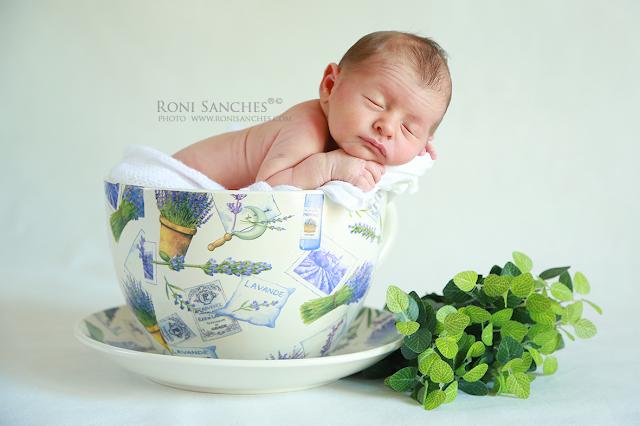 recém nascido, newborn, criança pequena, foto de bebê