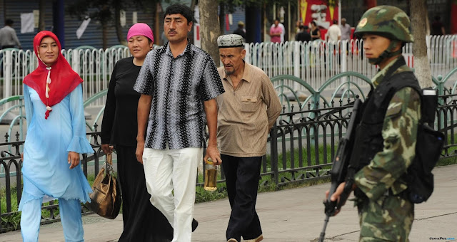 China Buat Undang-undang Dorong Islam Kompatibel dengan Sosialisme