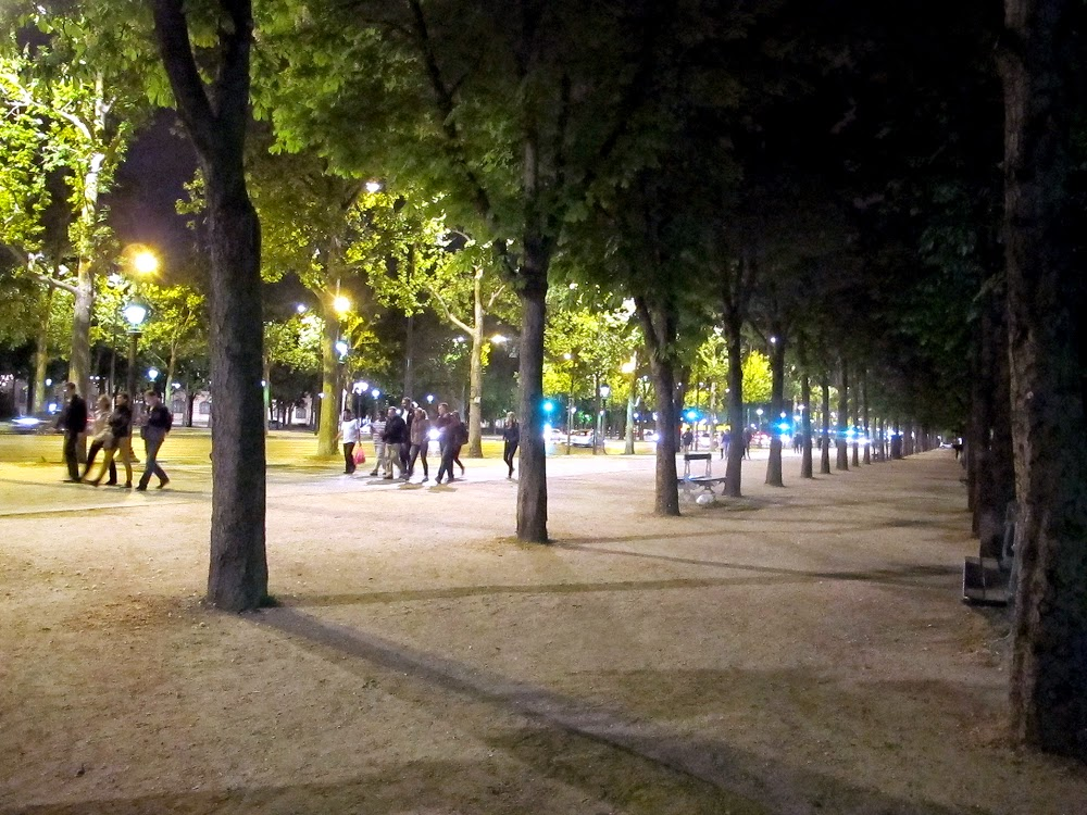 Avenue des Champs-Elysees in Paris at night