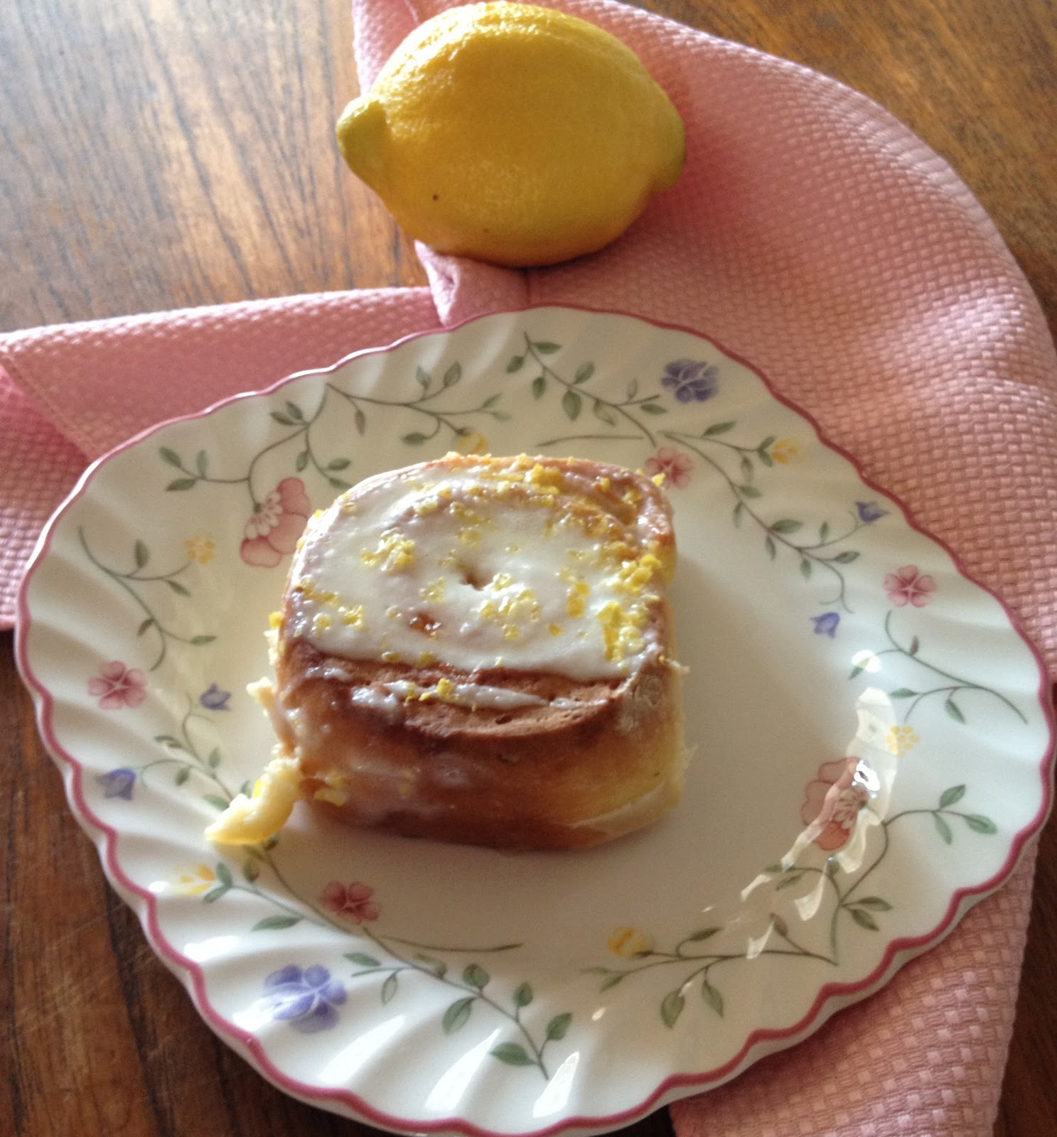 The Gazpacho Diaries: Sticky Lemon Rolls with Lemon Cream ...