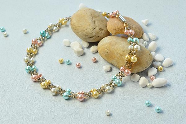Perles accesoires pandahall vid o comment faire un - Comment faire un collier en perle ...