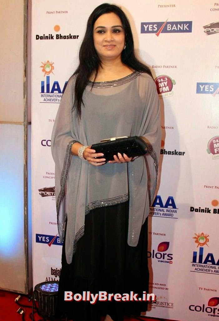 Padmini Kolhapure, International Indian Achiever's Awards Photo Gallery