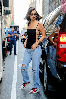 Bella-Hadid-Is-Seen-Out-in-NYC-04+%7E+SexyCelebs.in+Exclusive.jpg