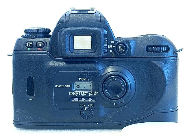 Nikon F80, F80D back