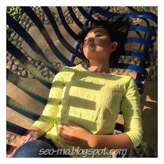 Foto Cantik Amanda Manopo Sedang Tiduran