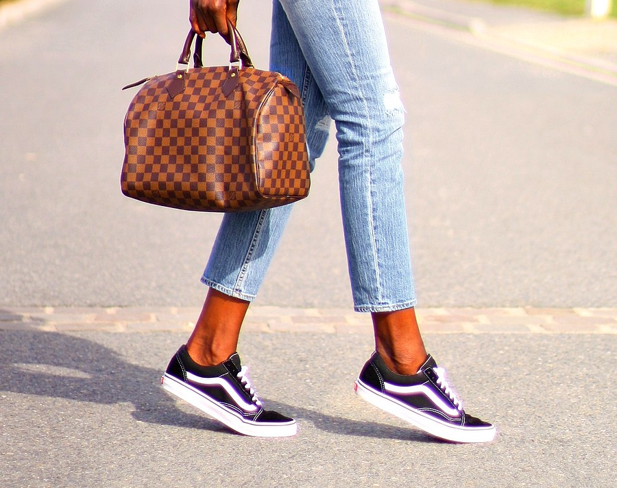 sneakers-vans-old-skool-speedy-bag-louis-vuitton