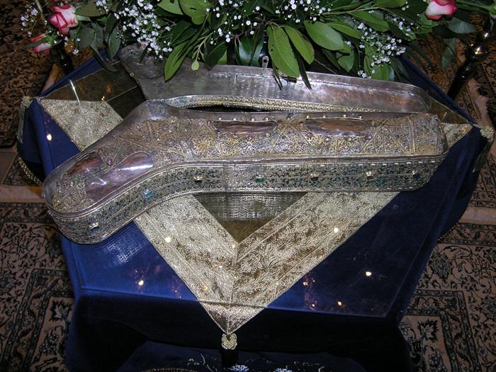 Το αδιάφθορο πόδι της αγίας Φωτεινής της Σαμαρείτιδος. Ιερά Μονή Ιβήρων Αγίου Όρους. http://leipsanothiki.blogspot.be/