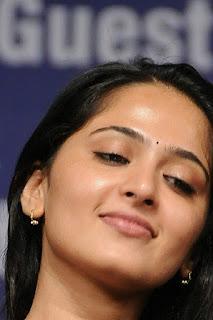 Anushka Shetty Cute Smiley Face Stills Gallery