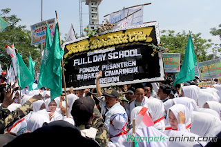 Santri kempek deo full day school