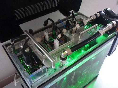 Ngâm trực tiếp server vào dầu