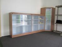 Display Showcase Untuk Produk Kantor