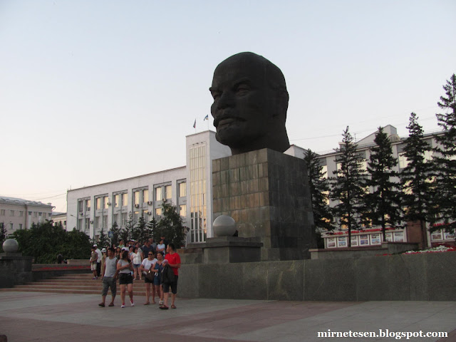 Что посмотреть в Улан-Удэ - Гигантская голова Ленина