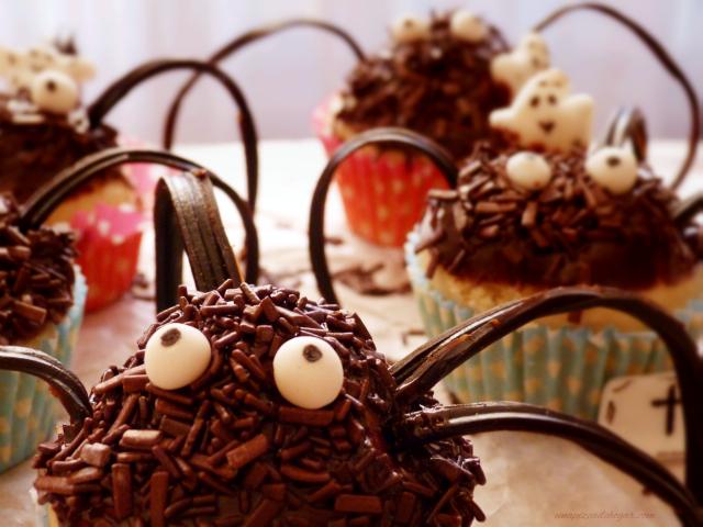Arañas dulces para halloween (cupcakes)
