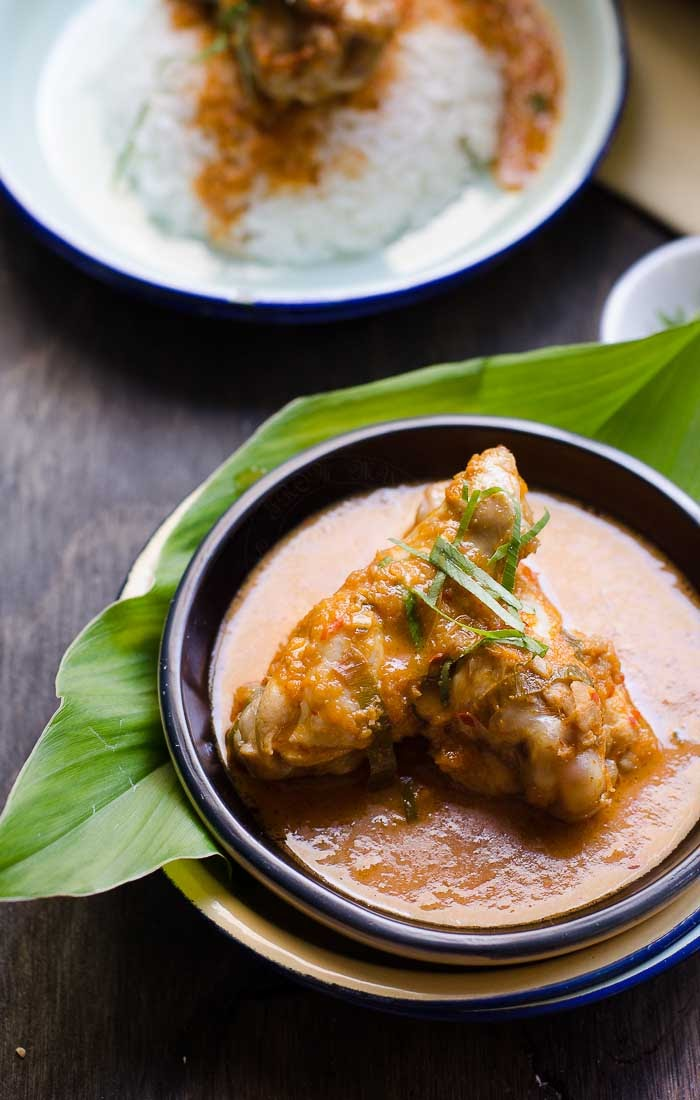 Malaysian Chicken Rendang is a well known dish among Malaysians and the South-East Asia region.
