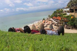 Tempat Wisata Pantai Dreamland Bali