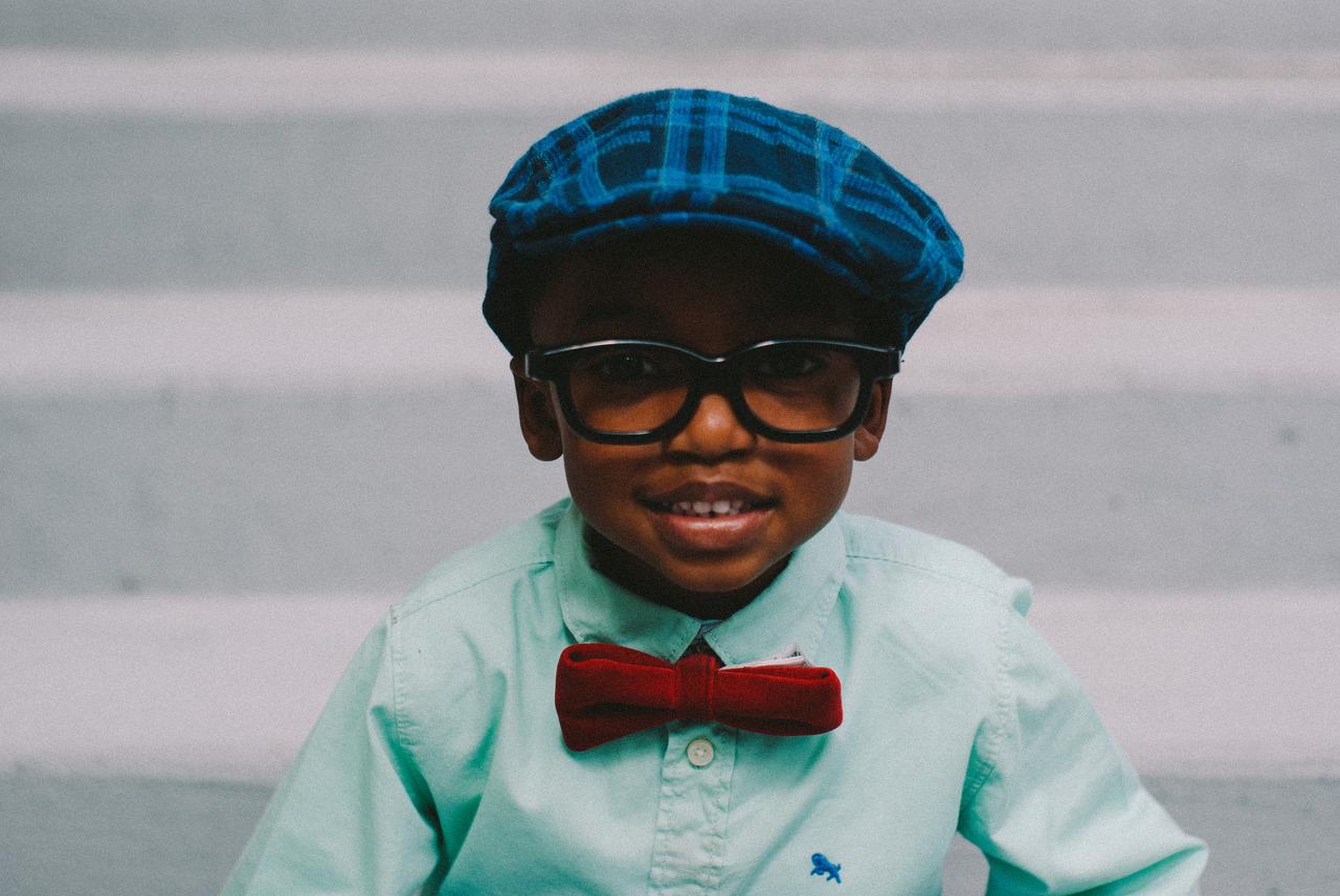 Look infantil com boina e gravata borboleta  05ac2ead3ca