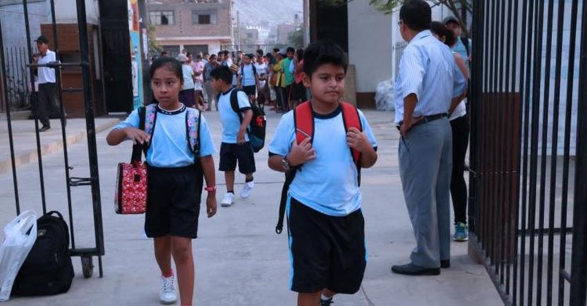 Escolares de cinco distritos de Lima vuelven hoy a clases