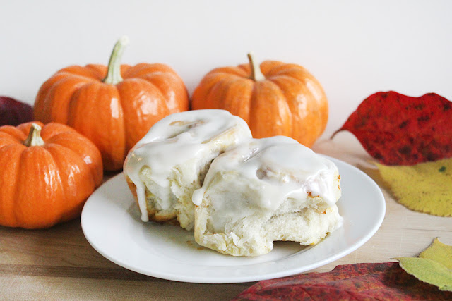 Pumpkin Pie Breakfast Rolls with Easy Icing