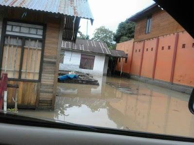 Bolsel Ditimpa Bencana Banjir & Tanah Longsor, Bupati Kemana ?