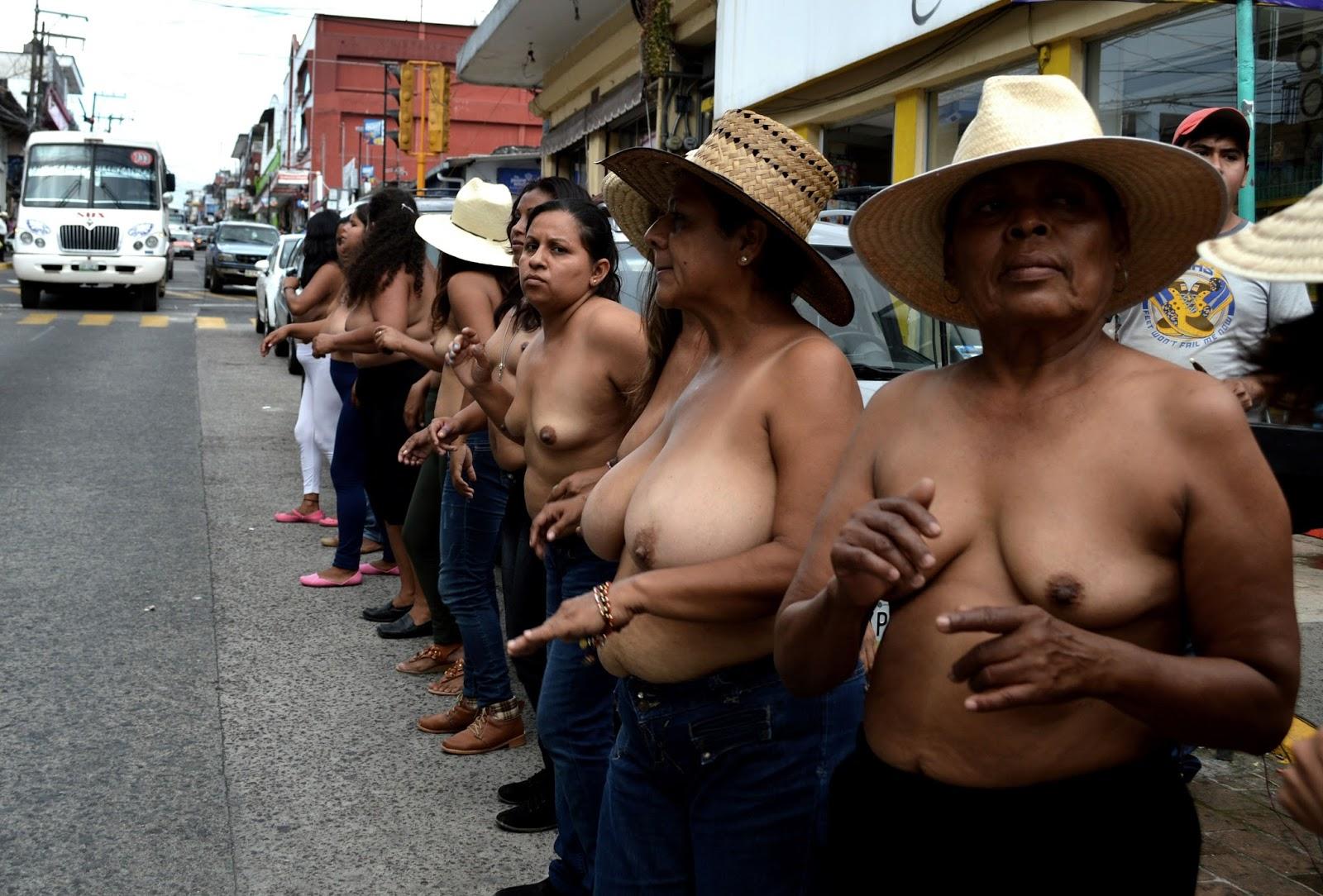 Naked mexican mamacitas — img 3
