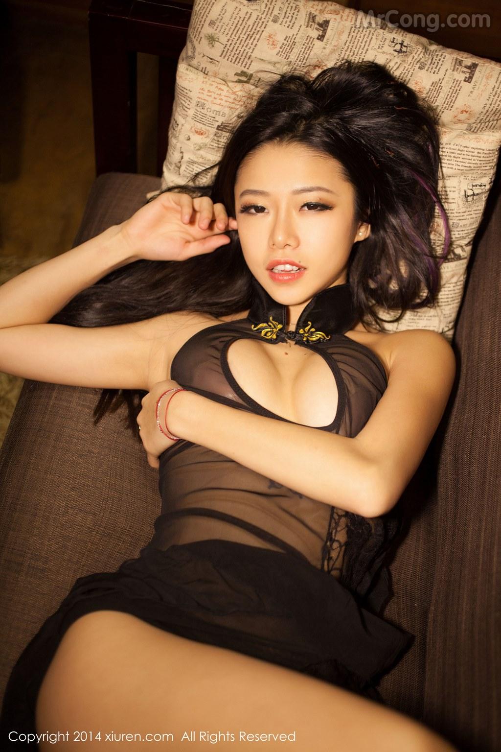 Image MrCong.com-XIUREN-No.147-Luvian-Ben-Neng-052 in post XIUREN No.147: Người mẫu Luvian (本能) (62 ảnh)