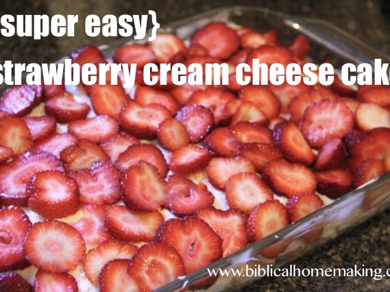 strawberry cream cheese angel food cake {recipe}