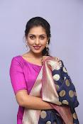 Madhu Shalini laest glam pics-thumbnail-16