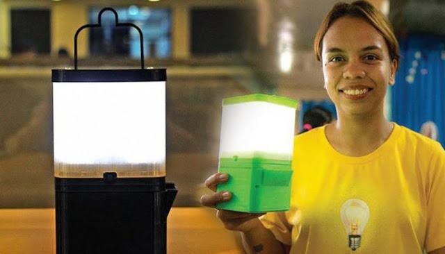 WOW LUAR BIASA!! Untuk Atasi Krisis Listrik, Wanita Ini Ciptakan Lampu dari Air dan Garam yang Bisa Tahan 10 Tahun..