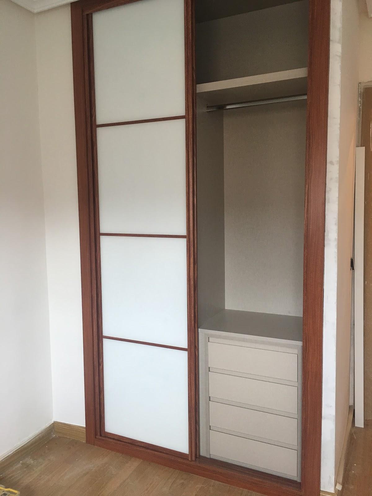 Armarios empotrados karpinteria puertas armarios y - Armarios empotrados puertas ...